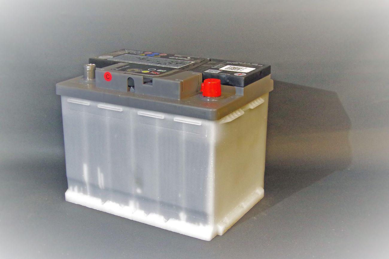 Cassoni in plastica per batterie